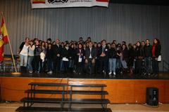 83 ex alumnos que finalizaron los estudios de español en el curso pasado recibieron Certificados de Lengua y Cultura Española otorgado por el Ministerio de Educación.
