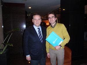 Alfredo Prada junto al responsable de la puesta en marcha de la Comisión Gestora del PP español en Países Bajos, Carlos Rodríguez Vega.