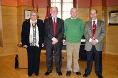 Luis Miguel Maza recibió al presidente de la Casa, Antonio Tercero, acompañado por el vicepresidente y la tesorera.