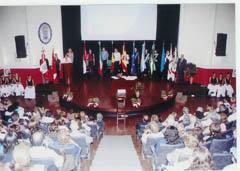 Presentación de banderas.