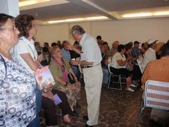 Vicente Barroso, presidente de la Fundación Garajonay, respondía a las dudas de los canarios.