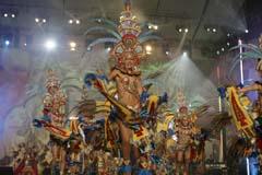Los integrantes de «Los Joroperos» durante su actuación en el concurso de Comparsas del Carnaval de Santa Cruz de Tenerife. EFE
