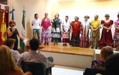 El Coro Rociero de la institución presentó la grabación de su primer disco