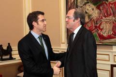 Feijóo y Gabilondo durante su reunión en Santiago.