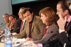 Javier Guerra en la Conferencia Internacional sobre Clústers.