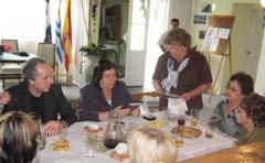 Reunión de comitiva del Gobierno gallego con los directivos de la asociación.