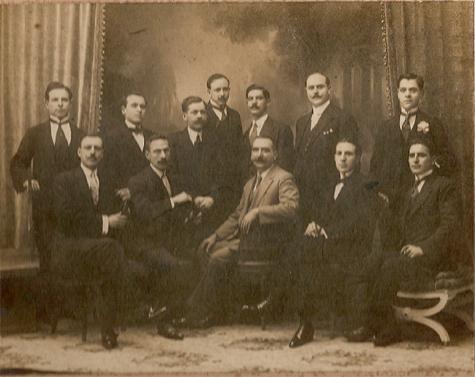 Alaiorenses residentes en Buenos Aires que colaboraron económicamente con la enseñanza laica en Alaior (Menorca) durante la primera mitad del siglo pasado.