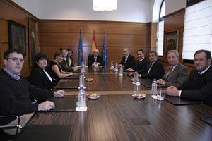 Álvarez Areces presidió la reunión con directivos de la FICA.