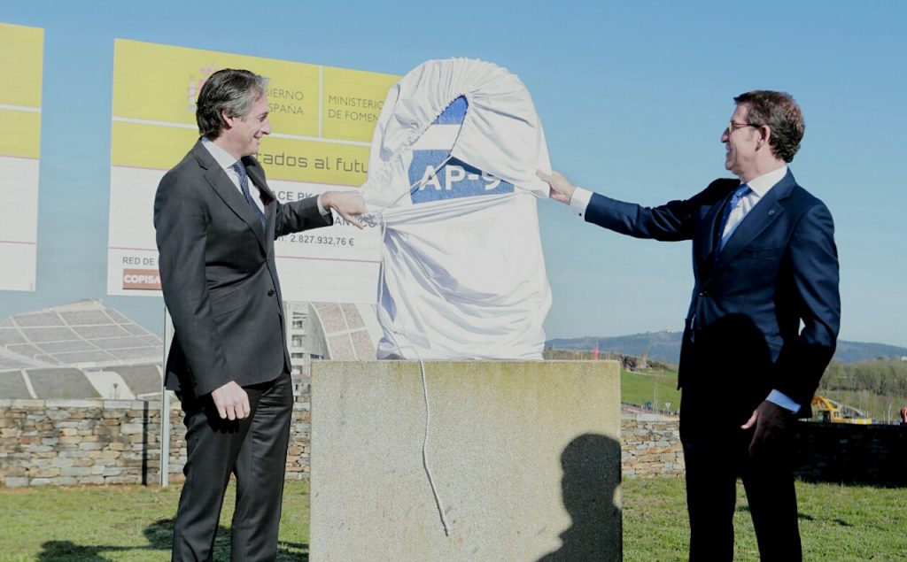 De la Serna y Feijóo, en el acto oficial de inicio de las obras de conexión de la AP-9.