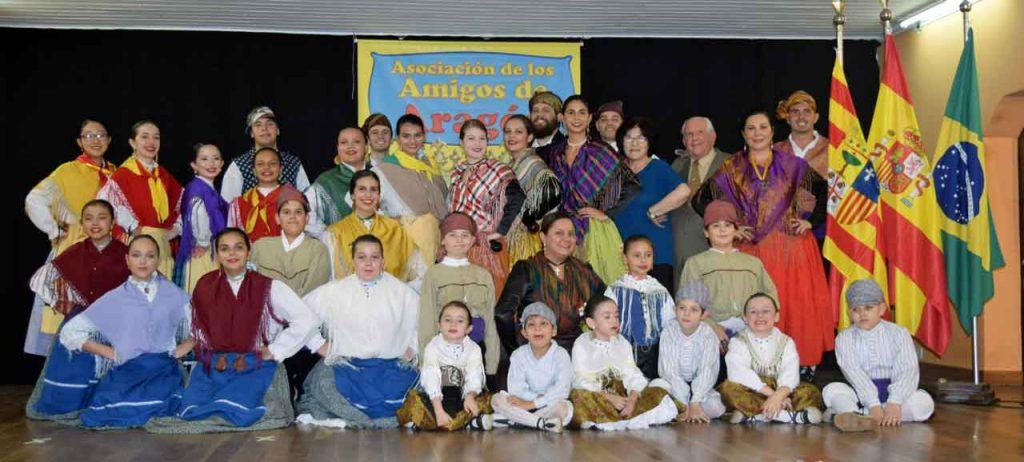 Los miembros del Grupo Raza Aragonesa.