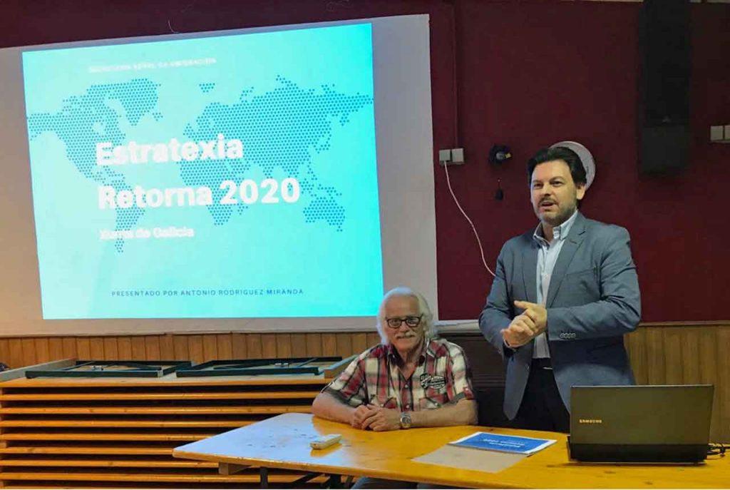 El secretario da Emigración en la charla informativa que ofreció en Núremberg.