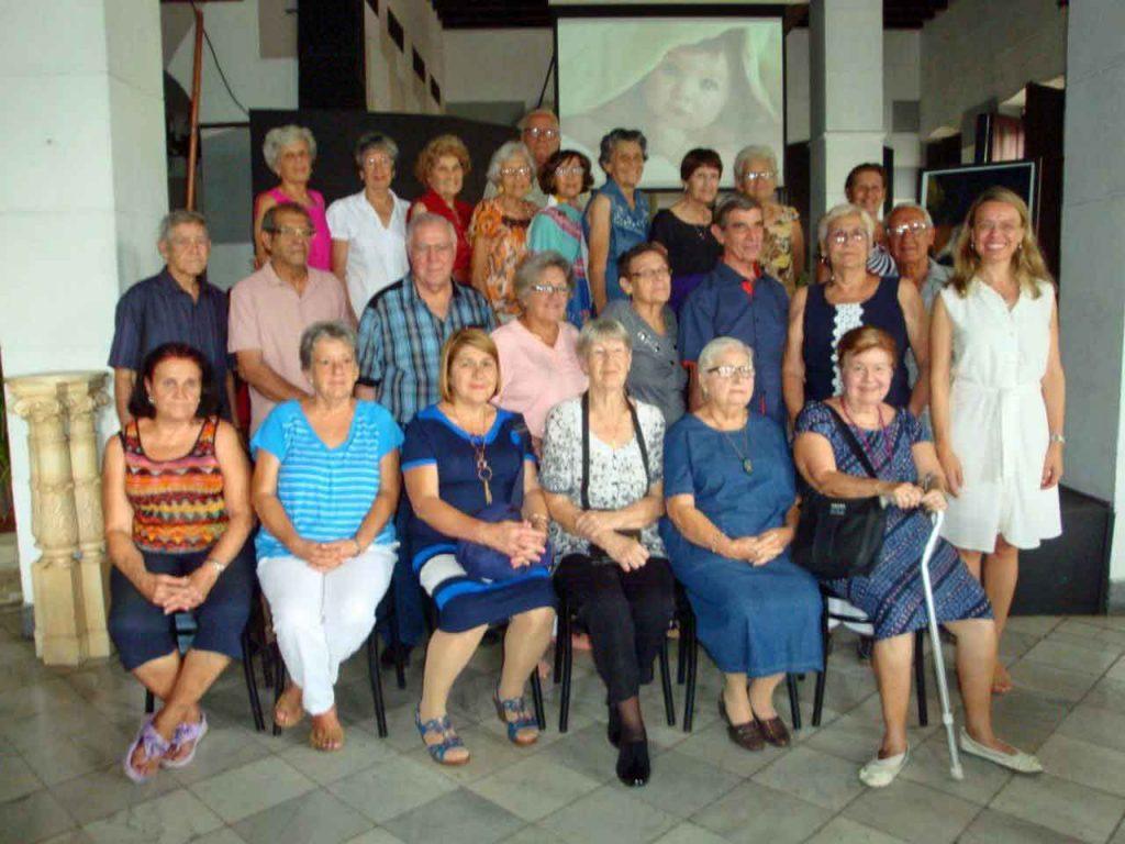 Antiguos alumnos del Plantel Jovellanos.