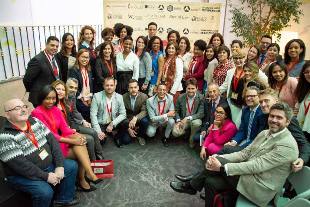 Ponentes y asistentes al 2º Congreso de Nacionalidad. Foto:  www.congresodenacionalidad.com