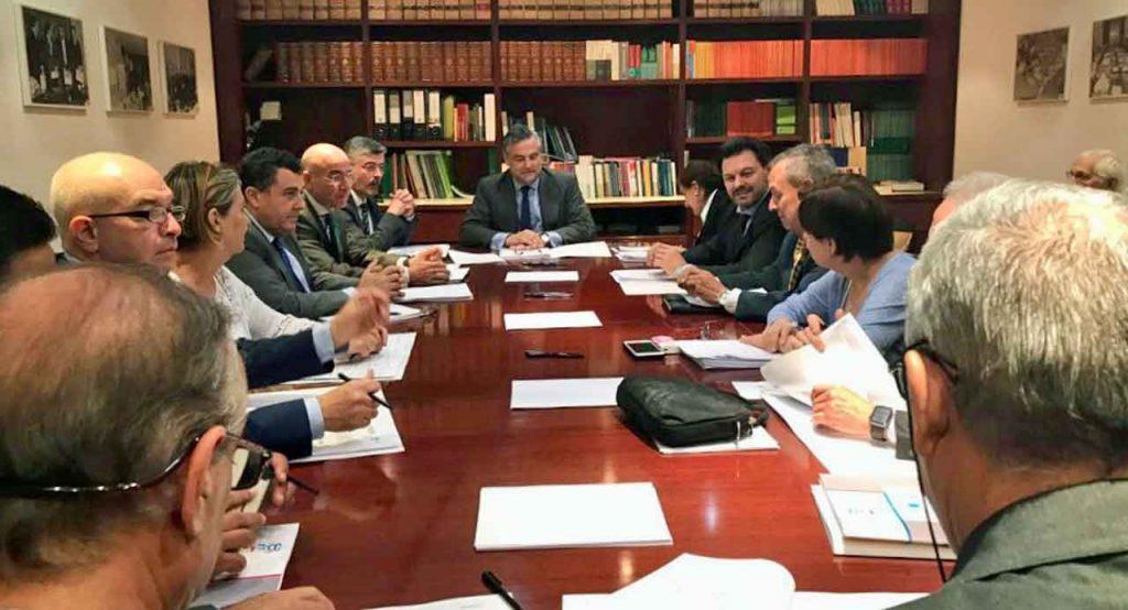 El embajador español en Venezuela, Jesús Silva, presidió la reunión de la directiva de la Fundación España Salud.