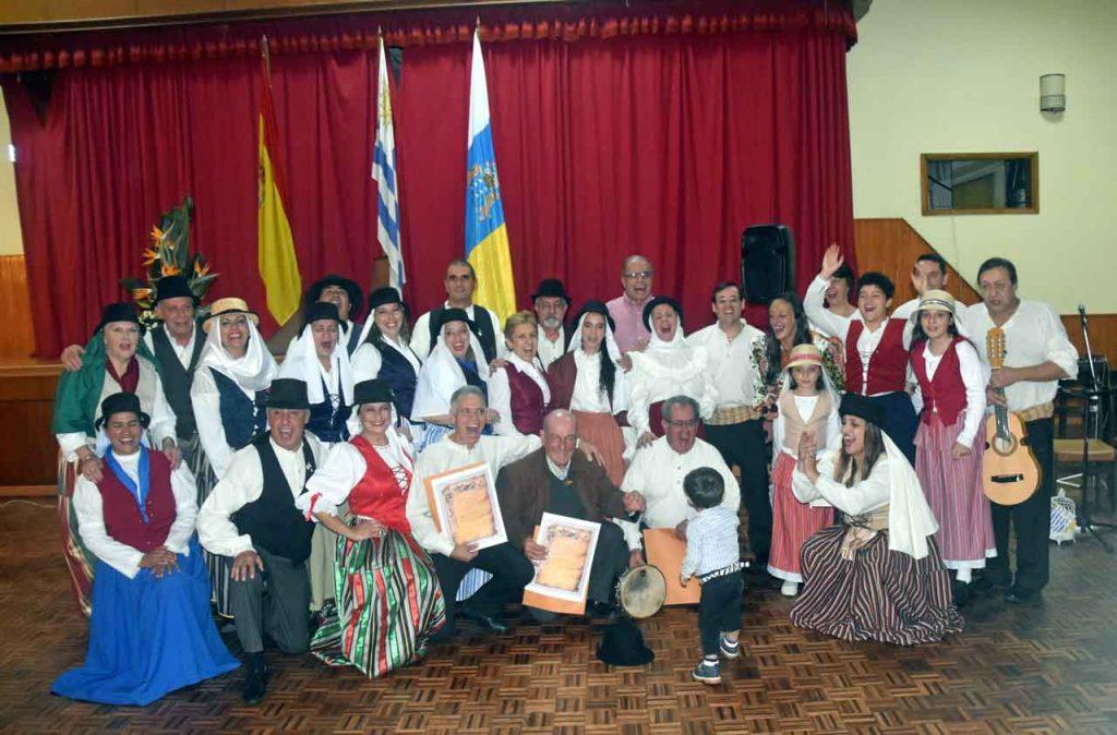 Integrantes del Espacio Cultural Islas Canarias uruguay 'Identidad Guanche'.