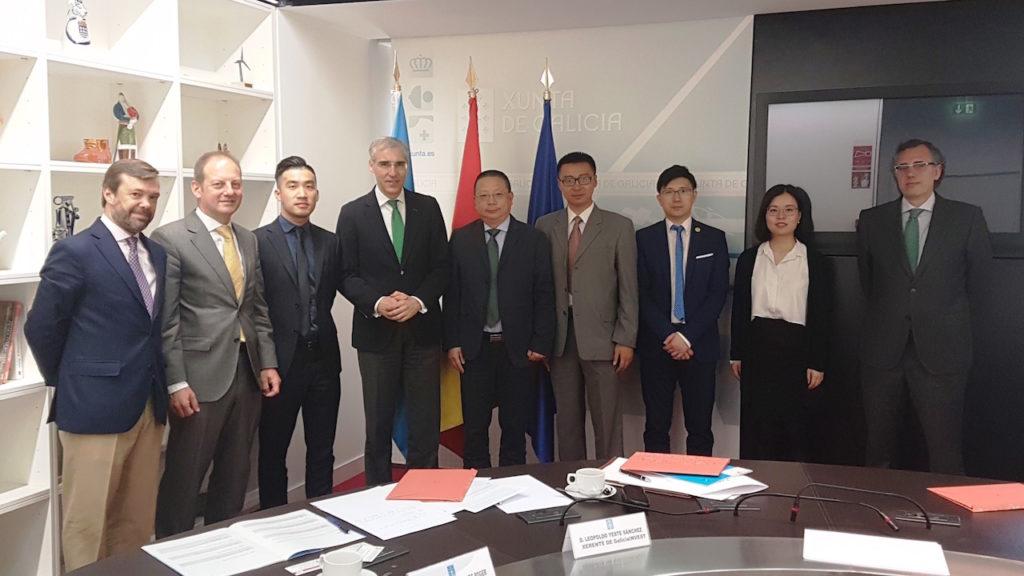 El conselleiro de Economía, Emprego e Industria, Francisco Conde, mantuvo un encuentro con Dai Weilong, jefe de la representación del Departamento Provincial de Comercio de Zhejiang en Europa.