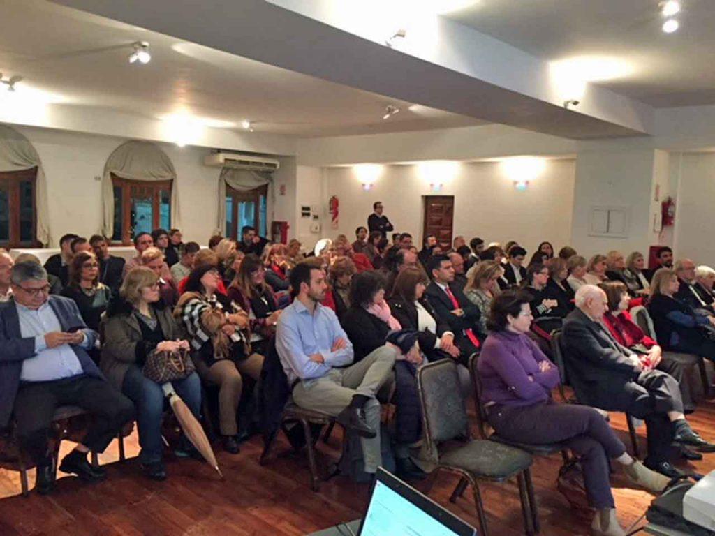 Vista de los asistentes a las jornadas celebradas en el Club Español de Buenos Aires.