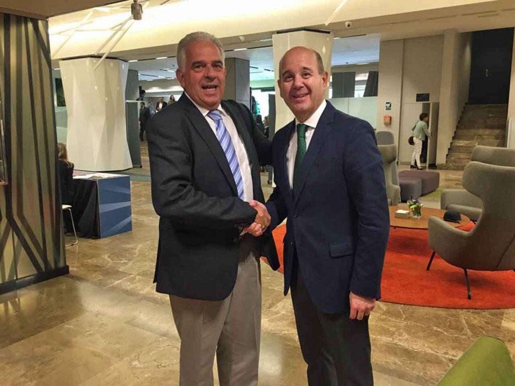 José Gil y Ramón Moreno.