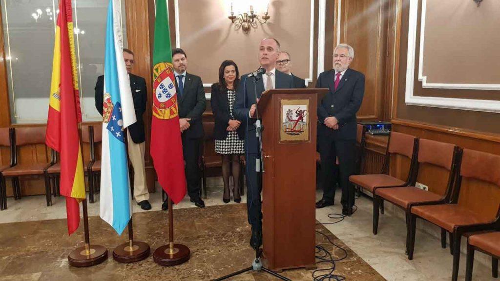 Intervención de Manuel Correia da Silva en un momento del acto.