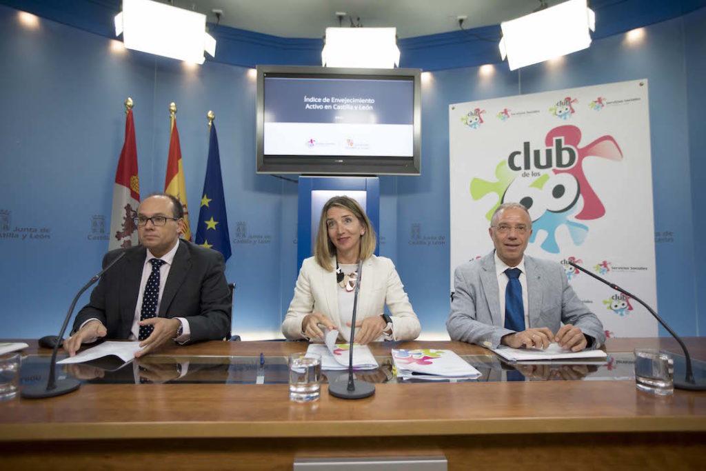 La consejera de Familia e Igualdad de Oportunidades, Alicia García, presentó los datos del informe.