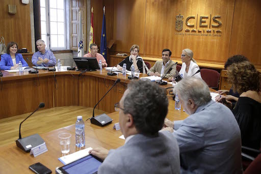 Elconselleiro de Política Social, José Manuel Rey Varela, presidió la reunión del Observatorio galego de dinamización demográfica.