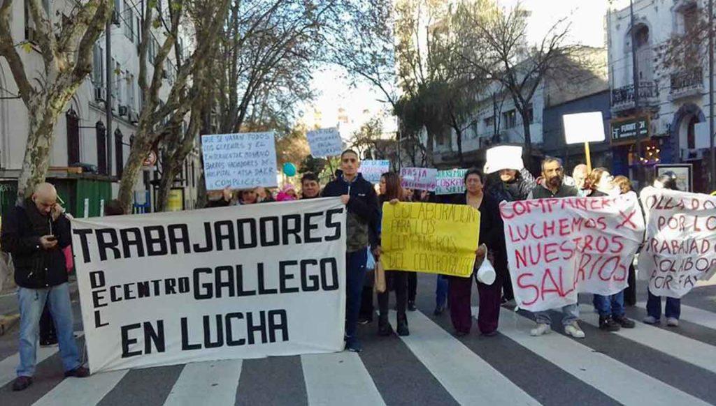 Los trabajadores también se manifestaron sobre la Avenida Belgrano.