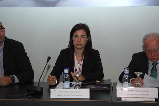Ana Vázquez intervino como portavoz del PP en el pleno del CGCEE celebrado en Santiago de Compostela los días 1 y 2 de octubre de 2012.