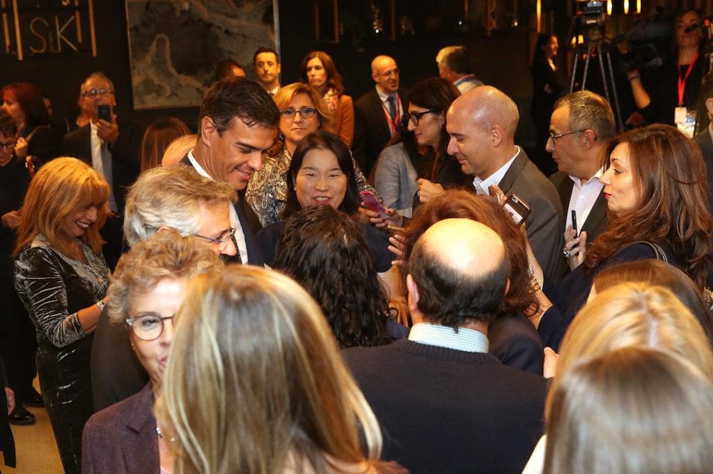 Pedro Sánchez mantuvo un encuentro con la colectividad española en Montreal (Canadá).