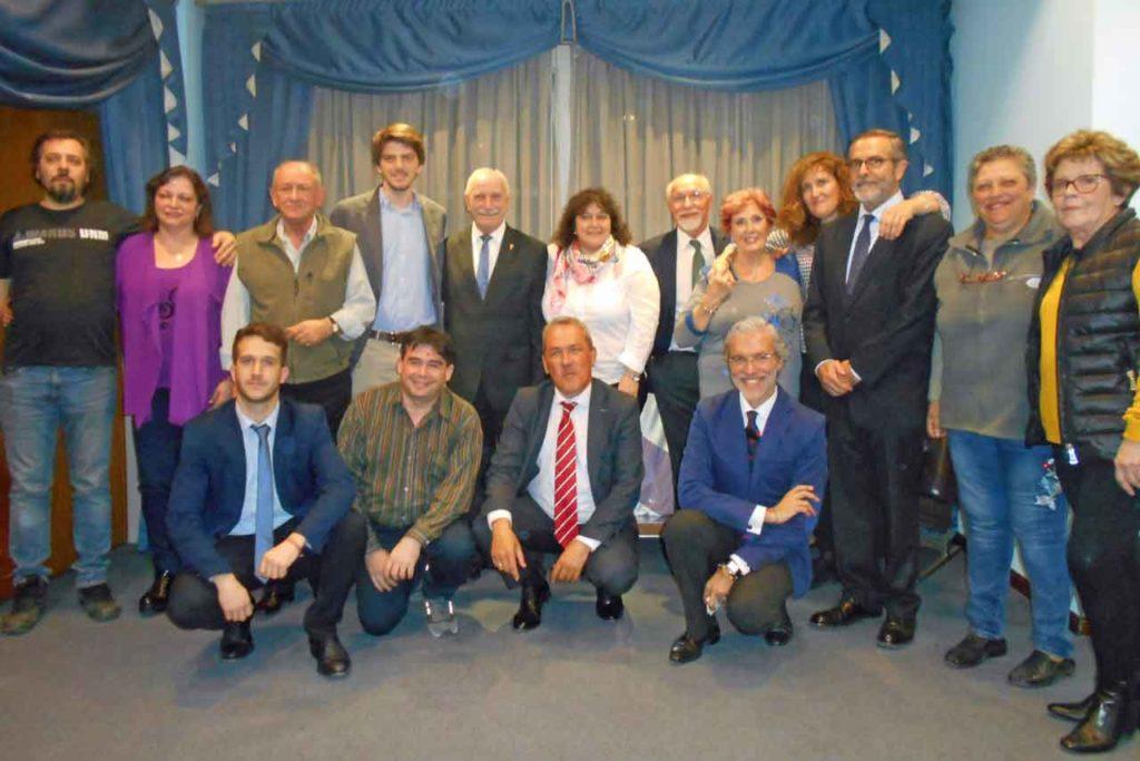 Foto de familia con los miembros del CRE de Buenos Aires.