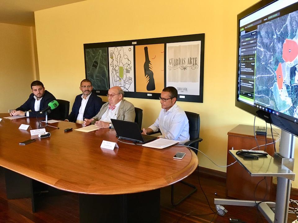 Antón Fonseca, Enrique Costas, José María Fonseca Moretón y Emilio Rodríguez Canas, en la presentación de los resultados.