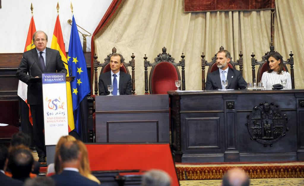 El presidente de la Junta, Juan Vicente Herrera, intervino en el acto presidido por los Reyes de España en Salamanca.