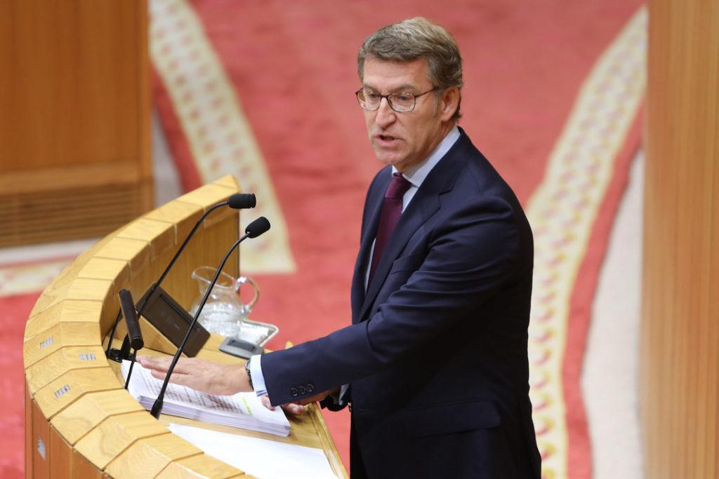 El presidente de la Xunta de Galicia, Alberto Núñez Feijóo, durante su discurso del Debate del Estado de la Autonomía en el Parlamento.