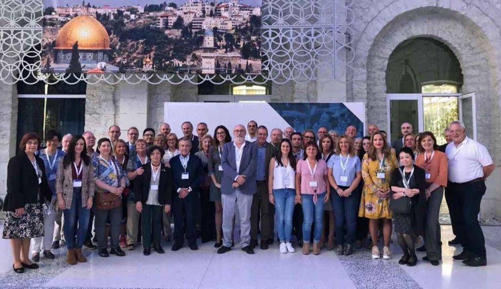 Manuel Alcaraz con los representantes de los Cevex reunidos en Alicante.