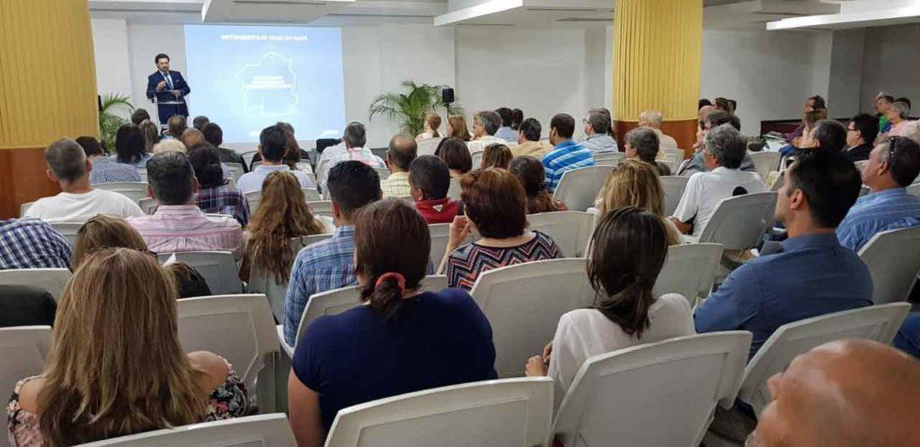 Rodríguez Miranda se dirige a los empresarios en Caracas.