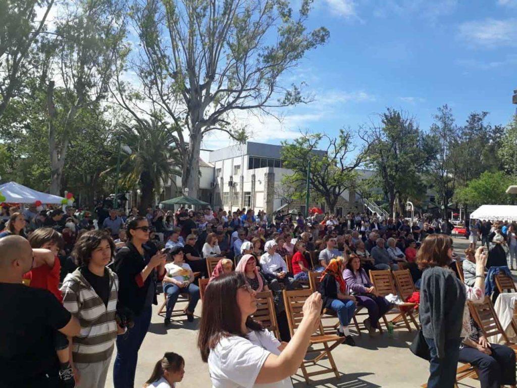 El numeroso público disfrutó de una jornada a puro sol y bailes.
