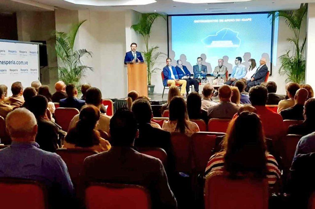 Encuentro con empresarios celebrado en la ciudad venezolana de Valencia.