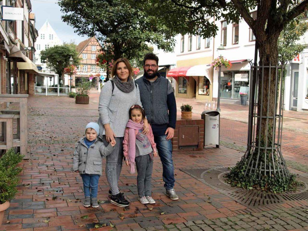 María y Alejandro son un matrimonio andaluz de 28 y 32 años, recién llegados a Alemania.