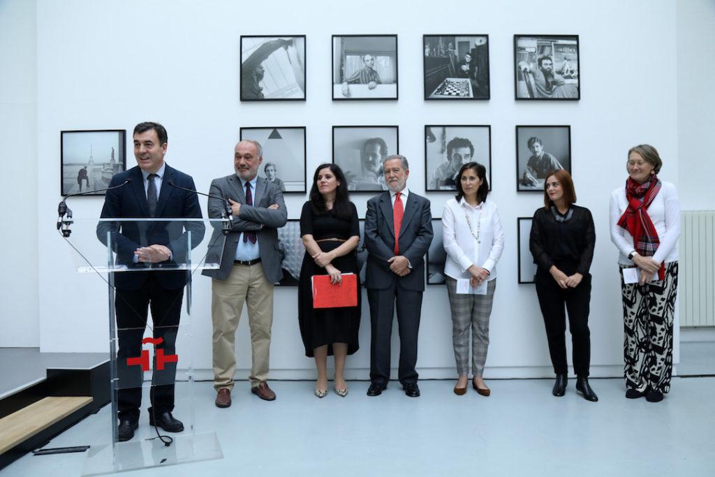 Intervención del conselleiro de Cultura e Turismo, Román Rodríguez, en la inauguración de la muestra.