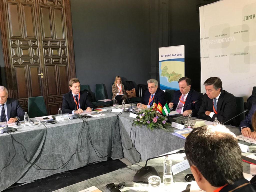 El director xeral de Relacións Exteriores e coa UE, Jesús Gamallo, en la reunión.