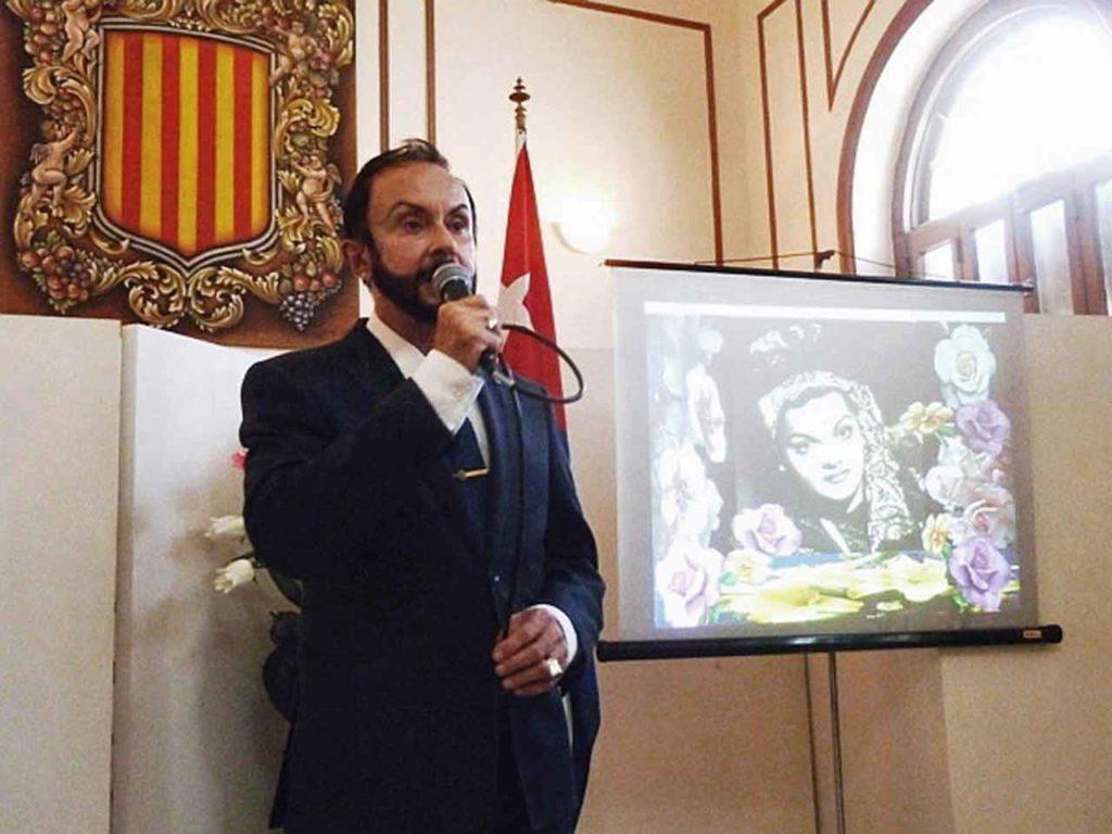 Luis Eduardo Cura Burguet dio la bienvenida a los participantes.