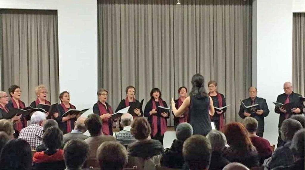 Actuación del Coro Lonxe da Terra.