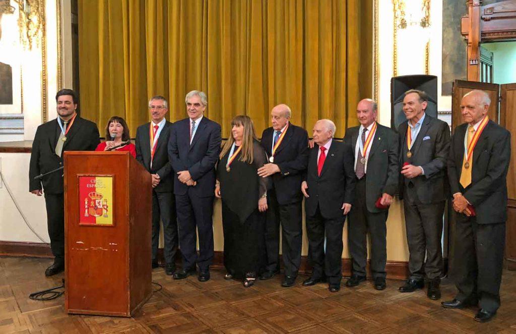 Algunos de los premiados al finalizar el acto.