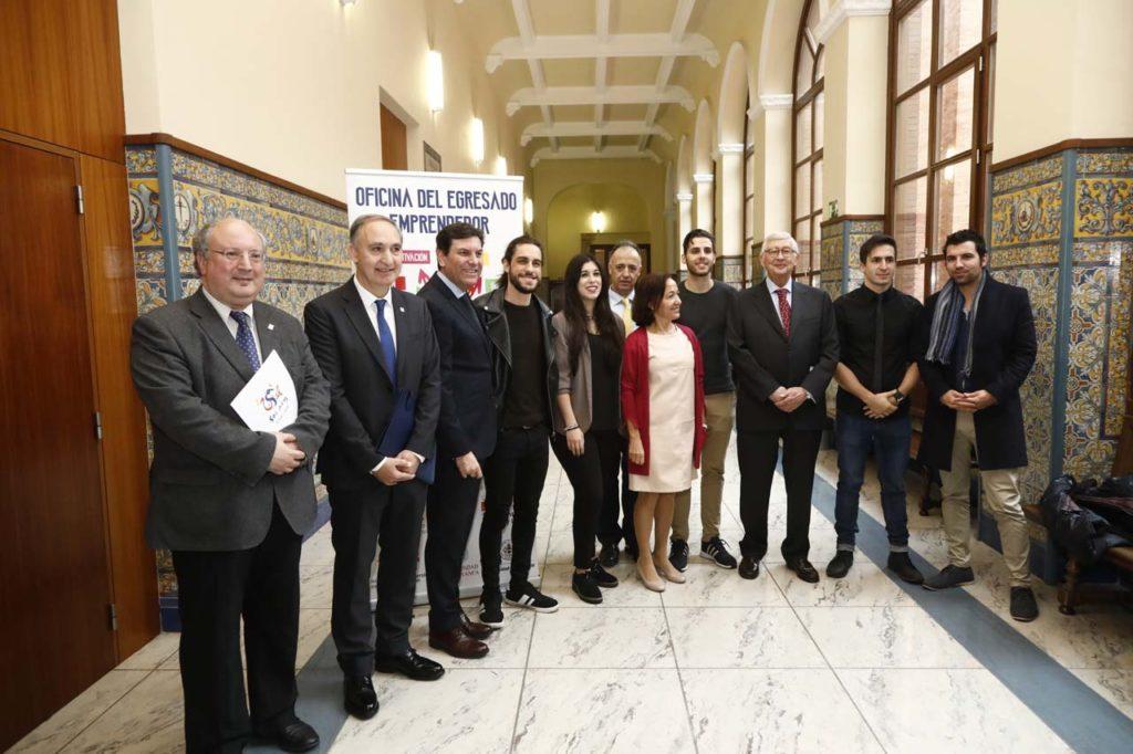 Fernández Carriedo presentó la programación de la Oficina del Egresado Emprendedor.