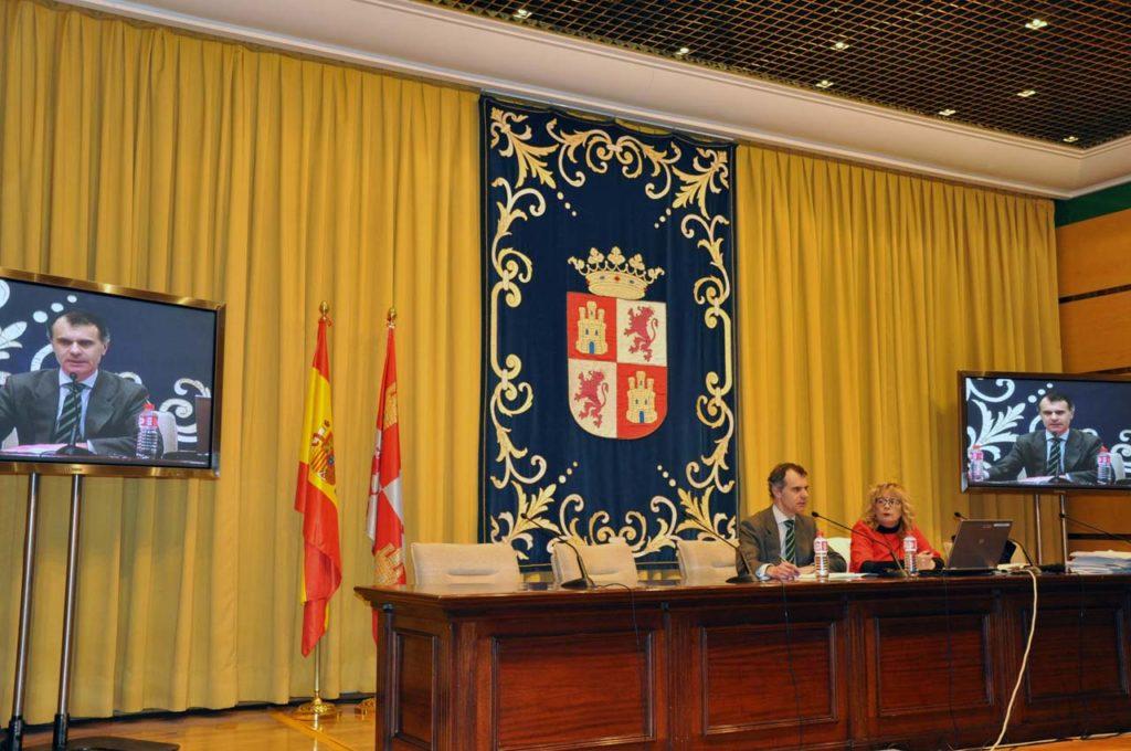 El secretario general de la Consejería de la Presidencia, José Manuel Herrero, en la presentación a las ONG de esta convocatoria.