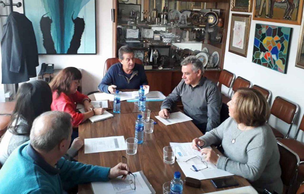 Reunión de la directiva de la FICA.