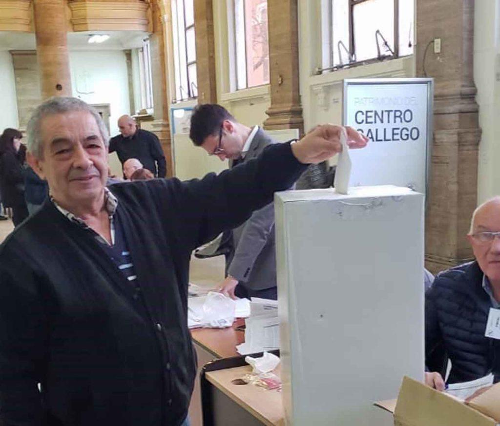 Ramón Suárez el día de las elecciones de la nueva directiva del Centro Gallego de Buenos Aires.