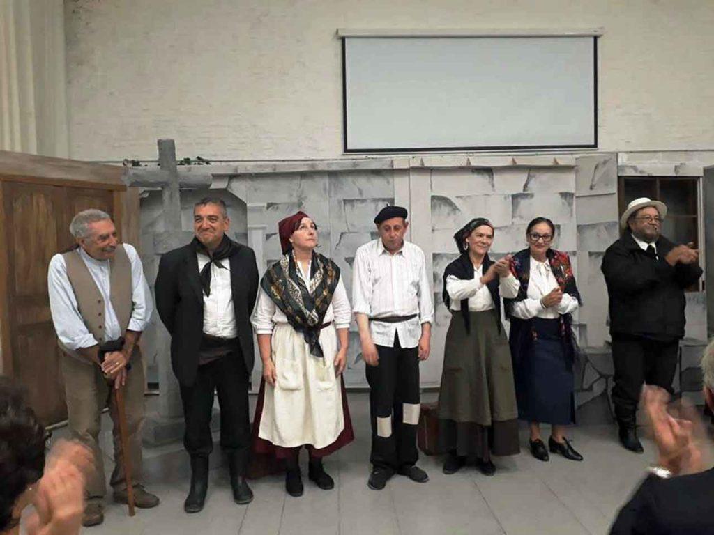 Componentes del grupo de teatro del Patronato.