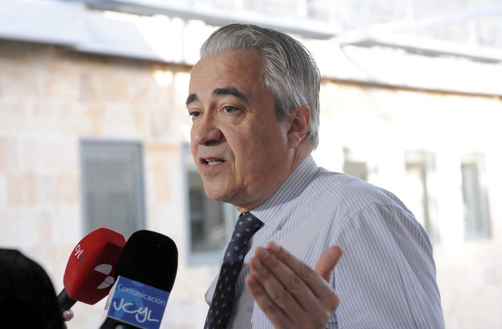 El viceconsejero de Empleo y Diálogo Social de Castilla y León, Mariano Gredilla, fue el encargado de valorar las cifras de paro.