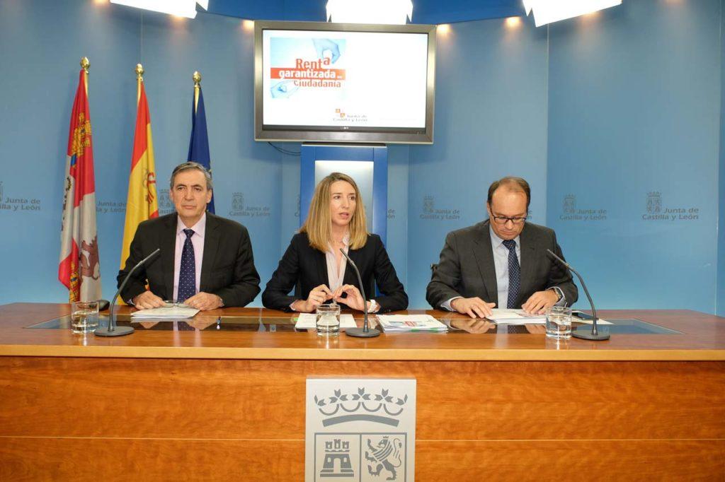 La consejera de Familia e Igualdad de Oportunidades, Alicia García, explicó los datos.