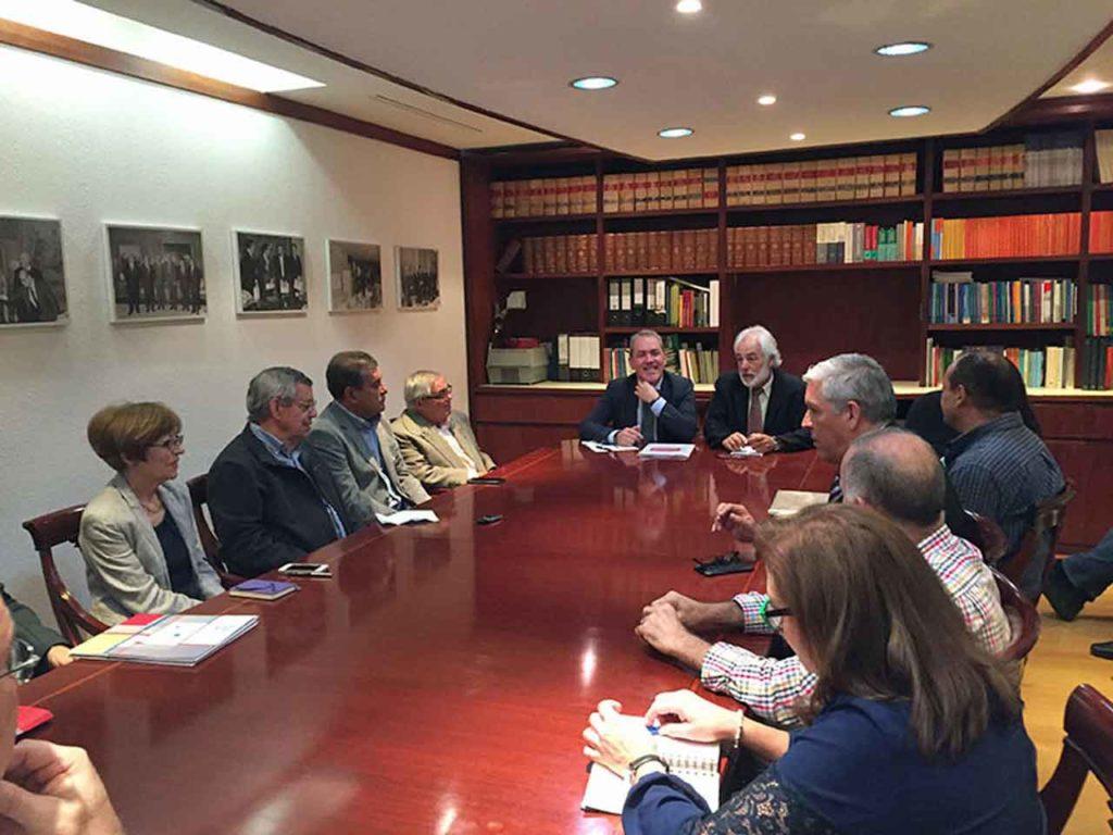 Reunión de Agustín Torres con directivos de entidades españolas en Caracas.